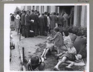 Flyktninger ved Marienfelde flyktningeleir 1961