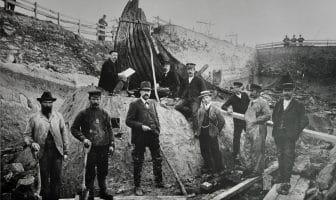 Osebergskipet graves ut i 1904