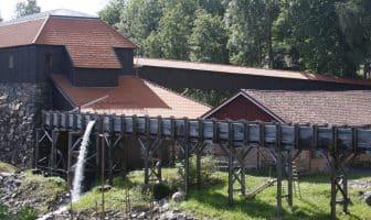 Avstandsbilde av jernverket i Nes, kilde: wikimedia commons