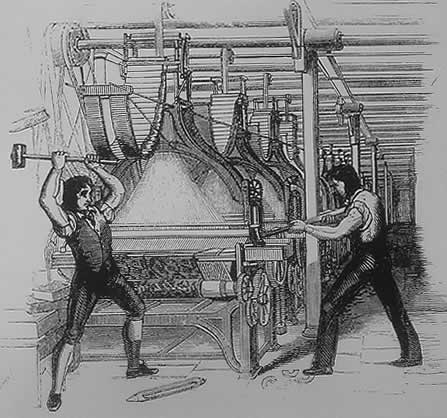 To ludditter slår i stykker en kardemaskin. Nye maskiner var mer effektive enn mennesker og fratok mange deres tradisjonelle jobber. I sinne gikk enkelte arbeidere til angrep på de nye maskinene og truet fabrikkeiere på livet om de ikke fjernet maskinene.