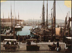 Fra fiskemarkedet i Bergen 1890. Bilde: William Dobson Valentine (1844-1907). Kilde: Nasjonalbiblioteket, ingen kjent opphavsrett.