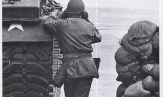 Checkpoint charlie 28. oktober 1961 amerikansk vakt